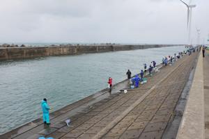 ハタハタ釣り 2011.12.19 in 酒田北港 水路
