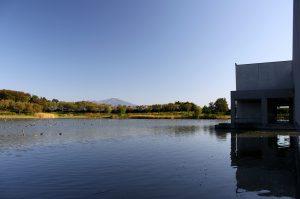 拳湖と鳥海山